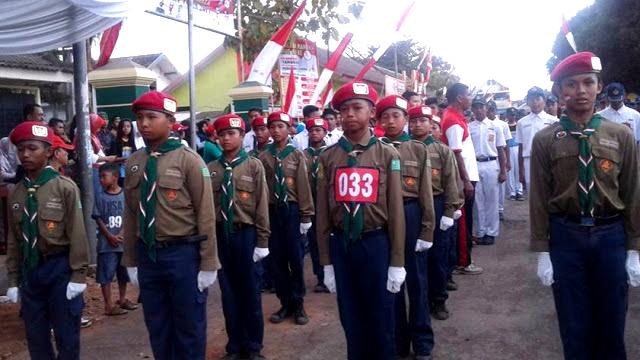 Tegap Melangkah, SMP Muhammadiyah 4 Tanggul Juara Umum Lomba Gerak Jalan HUT RI Ke-72