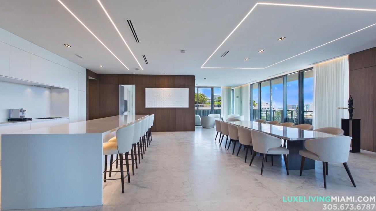 28 Photos vs. APOGEE 701 South of 5th Street Miami - Luxury Condo & Interior Design Tour