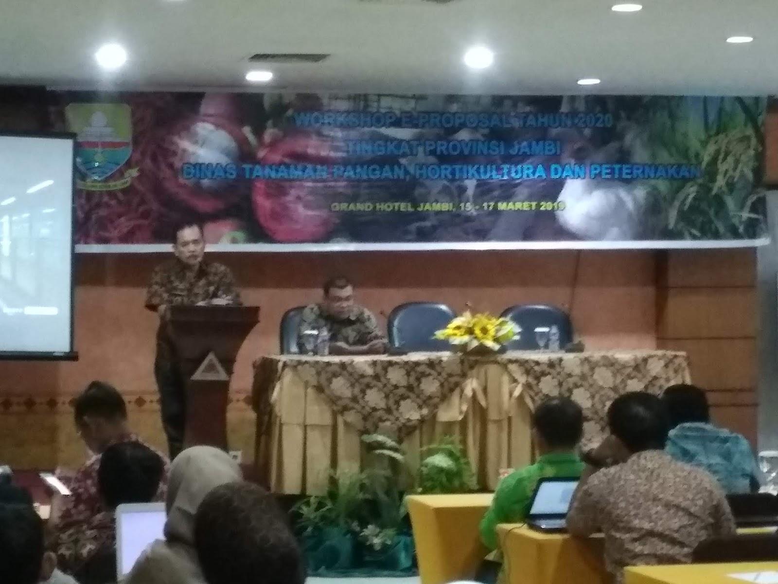 Sekretaris Dinas TPHP Buka Workshop E-proposal  Tahun 2020 Tingkat  Provinsi  Jambi.