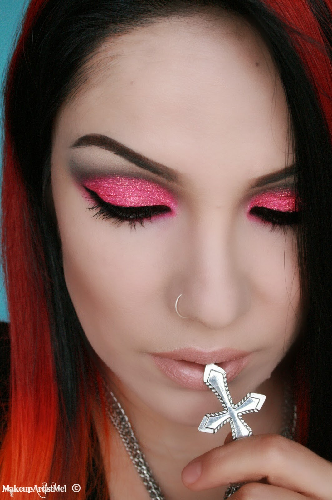 Make-up Artist Me!: Hot For Pink! Makeup Tutorial