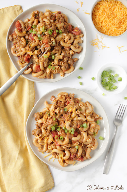 Low-FODMAP Bacon Cheeseburger Macaroni  /  Delicious as it Looks