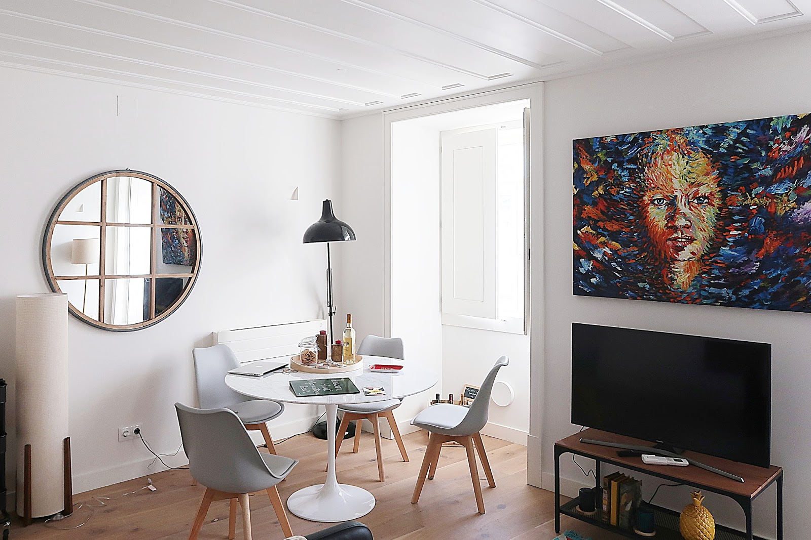 Modern Apartment in Lively Heart of Lisboa