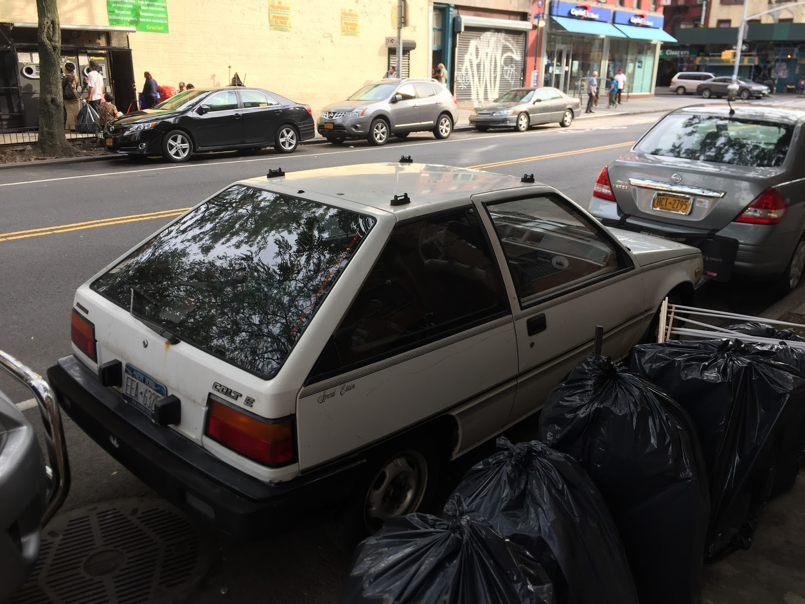 NYC Hoopties - Whips Rides Buckets Junkers and Clunkers