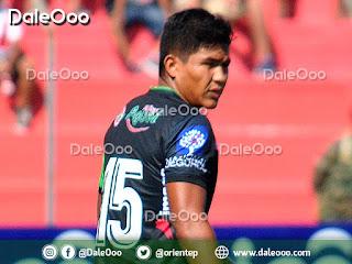 José Vargas zaguero central debutó con Oriente Petrolero en el profesionalismo - DaleOoo