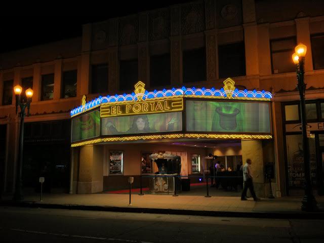 e9c443fdc8610 Rastreando Intel relacionada con la invitación de Misty a los Agentes de ir  a un Show de Magia en Los Angeles este sábado.