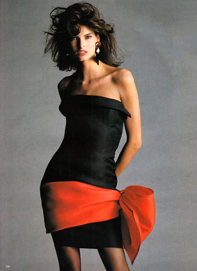 Linda Evangelista wearing Yves Saint Laurent in Vogue UK March 1987 via www.fashionedbylove.co.uk
