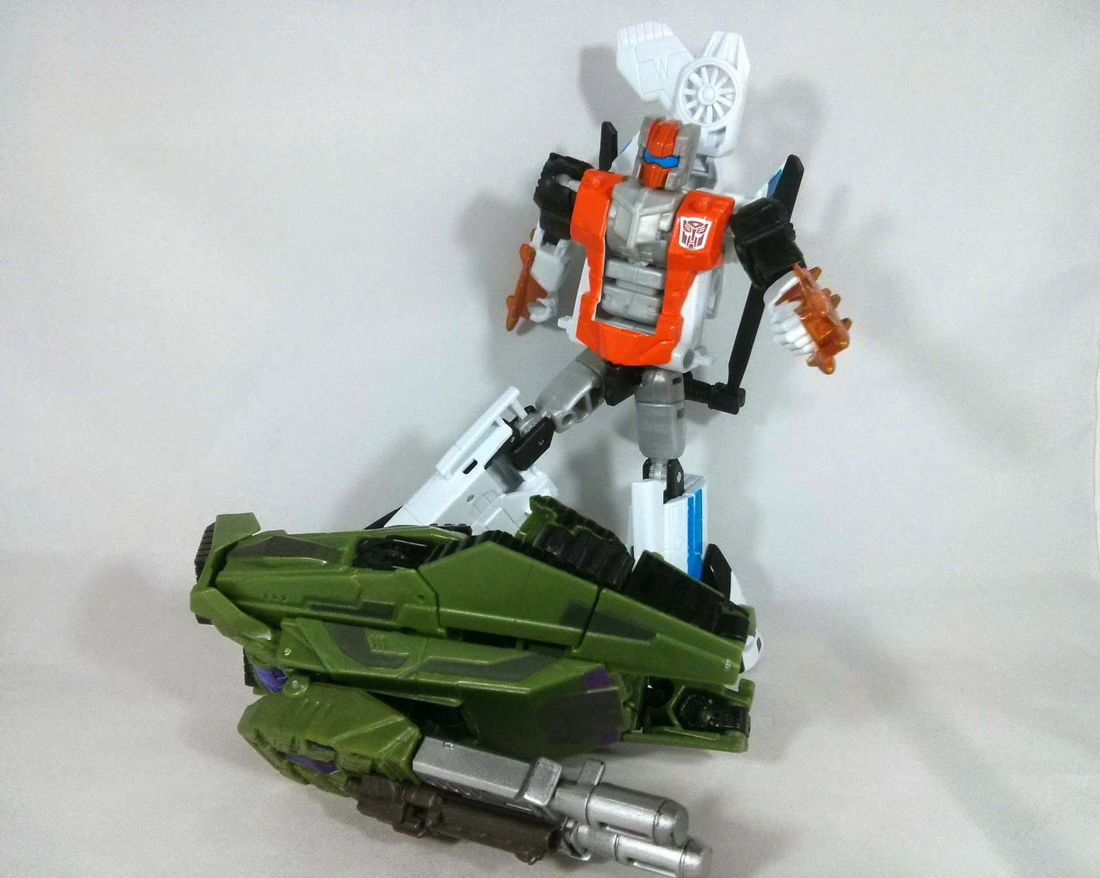 alpha bravo is a very articulated bot