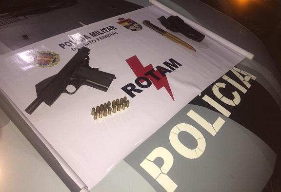 Motorista é preso pela PMDF por porte ilegal de arma de fogo e embrigaguez ao volante em Ceilândia