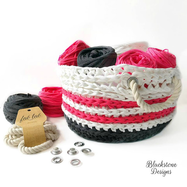 Made with Hoooked Zpagetti yarn this Nautical Basket is a free crochet pattern from Blackstone Designs