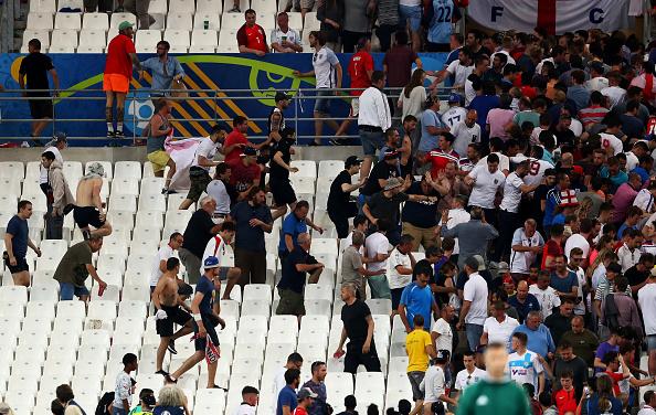 20h00 ngày 15/06: Nga-Slovakia: Vừa đá vừa run