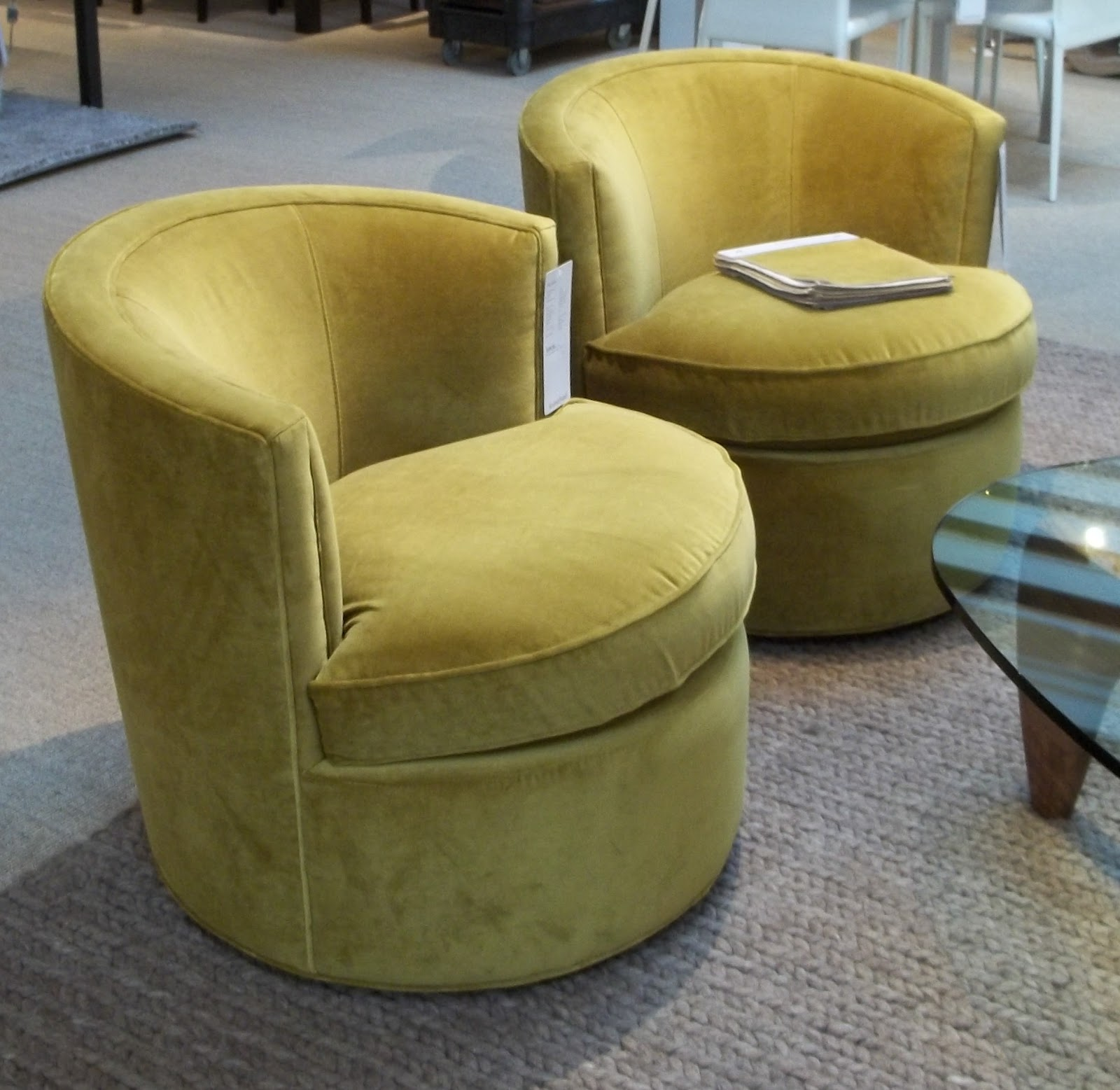 Otis Chairs May Have Been Around For A Few Years But They Re Fresh With Dazzling New Range Of Colorful Velvet Upholstery Options From Mustard Shown