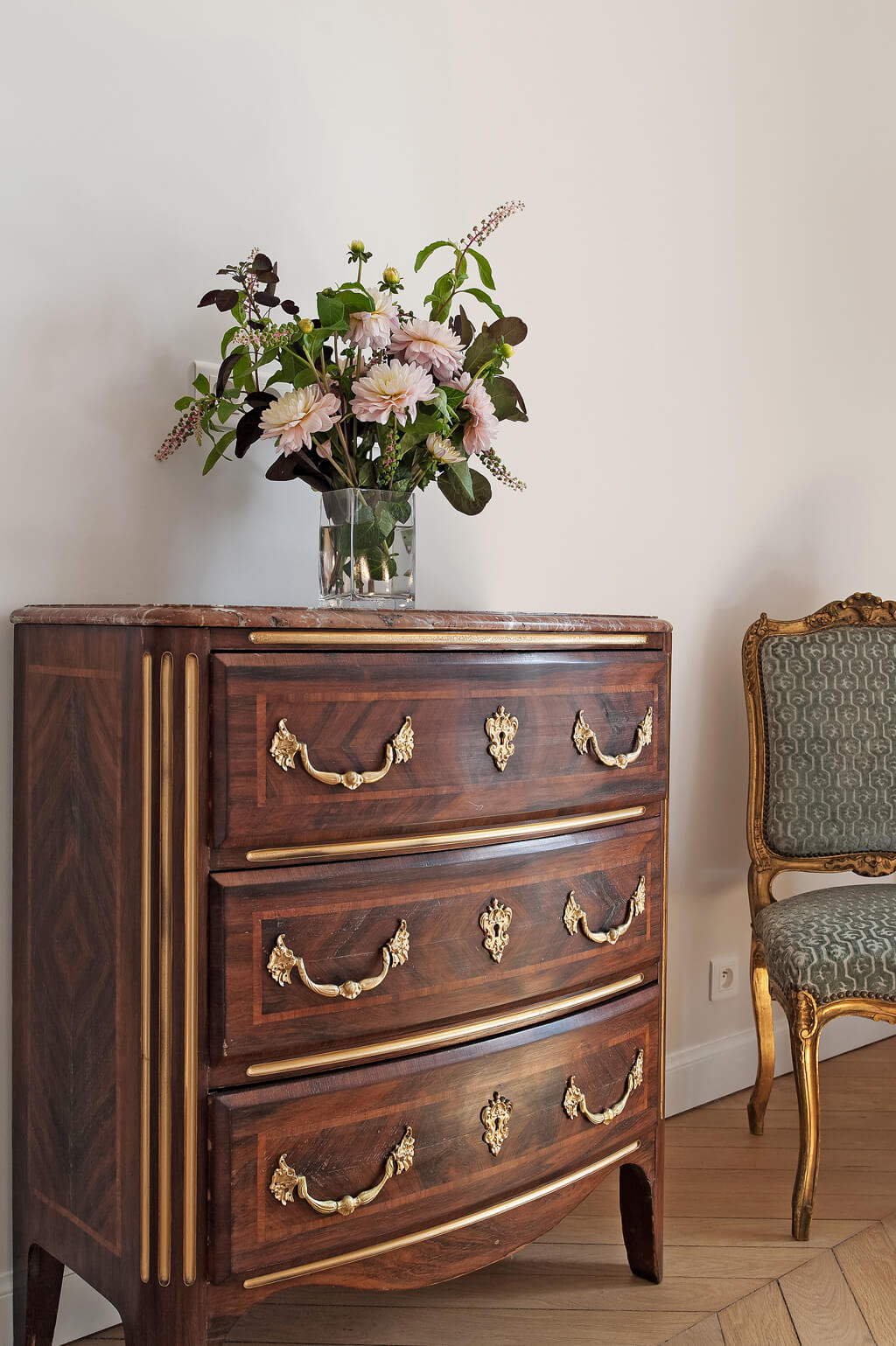 Paris apartment close to Victor Hugo shopping for rent by Haven In