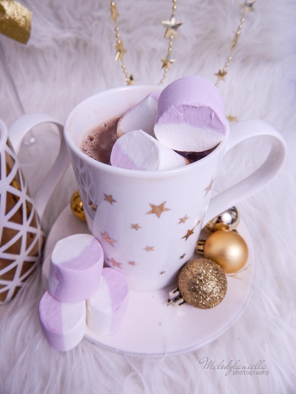 14  przepis na domową gorącą czekoladę świąteczne zimowe napoje ciekawe slodycze na Boże Narodzenie karnawal Sylwestra imprezy pianki jojo melodylaniella  czekolada