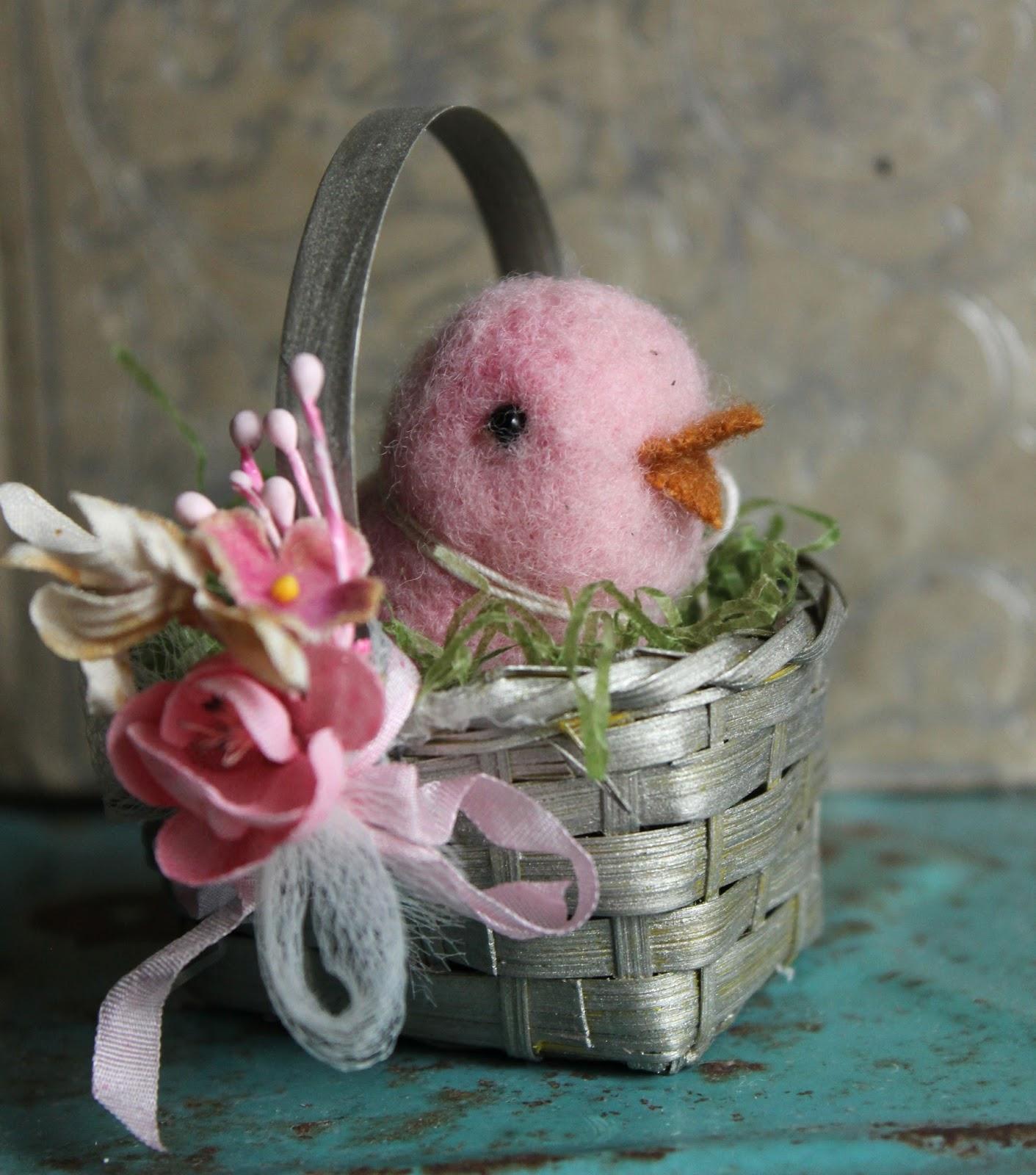 The Adventures Of Bluegirlxo: Tiny Easter Baskets