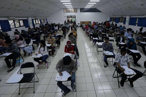 DPR Khawatir Jabatan Rektor Diisi Tim Sukses