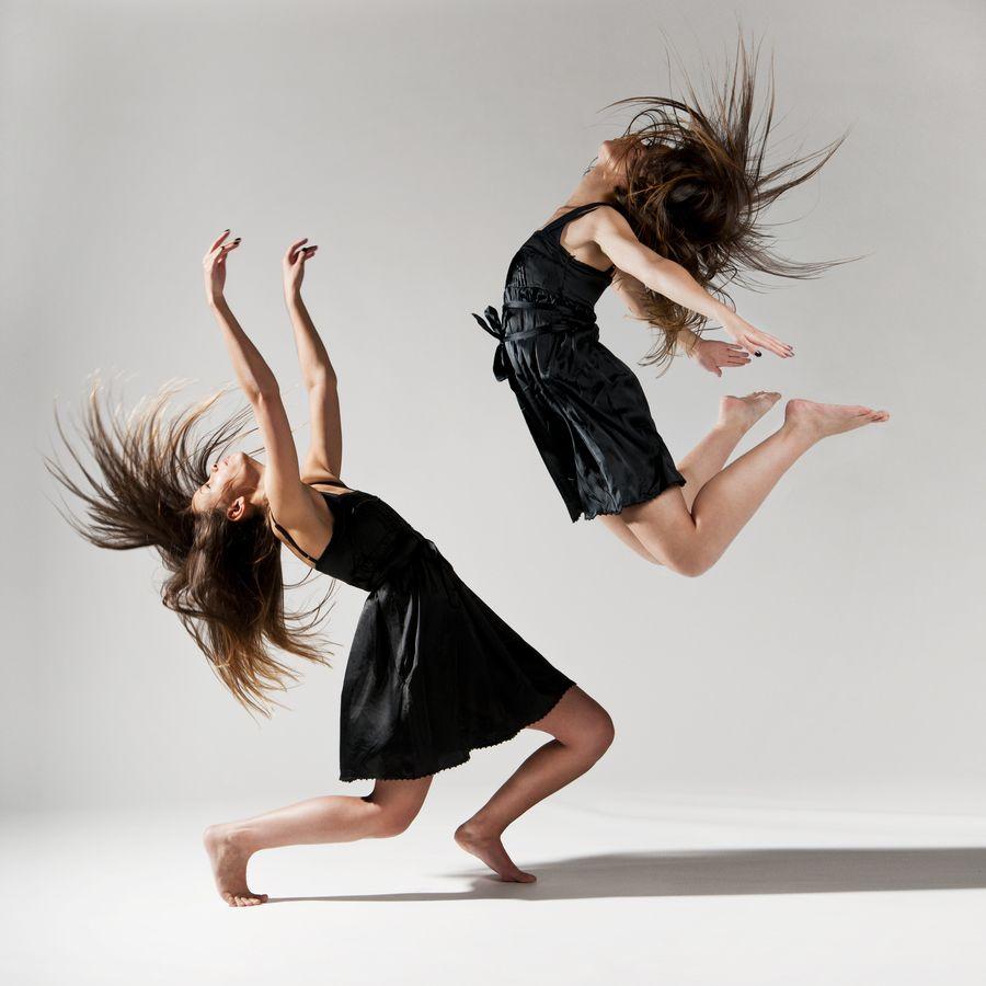 6. Impressive Ballet Dance by Two Girls