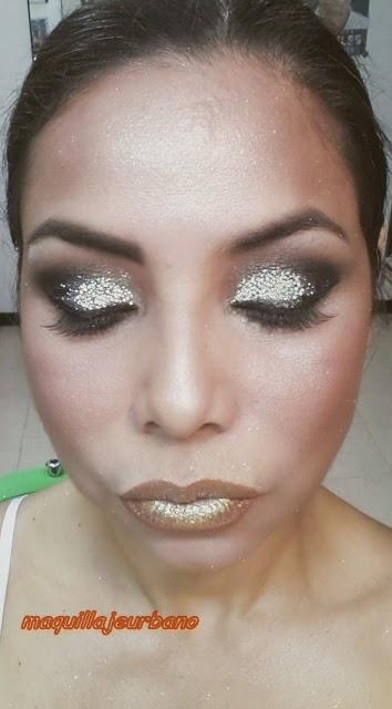 maquillaje con brillantina