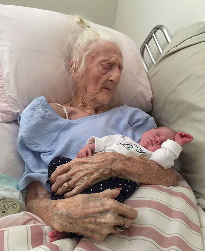 36 People's Heart-Breaking Last Wishes - 101-Year-Old Meets Newborn Great-Granddaughter Before Dying Days Later