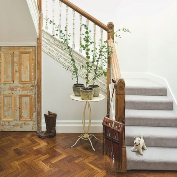 Decorating A Staircase Ideas Inspiration: 20 Ideas For Farmhouse Style {Home Decor Inspiration