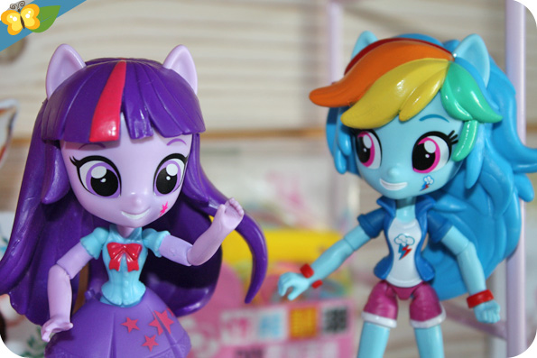 Poupées Equestria Girls Minis : Twilight Sparkle, Rainbow Dash