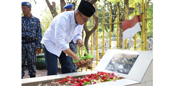 Ketua MPR: Takbir Bung Tomo Mengubah Sejarah