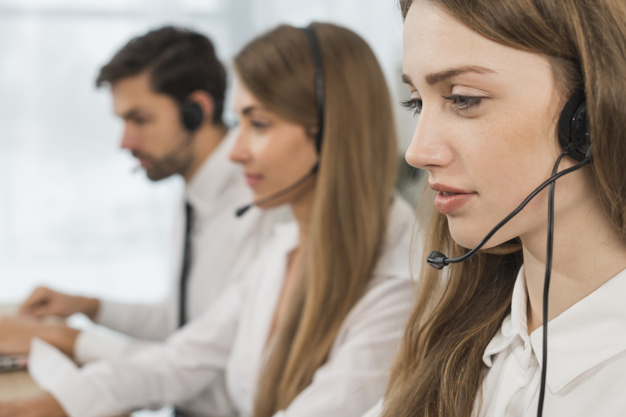 Tugas Call Center Officer