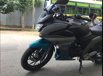 2017 Yamaha Fazer 250 (Fazer 25) side look