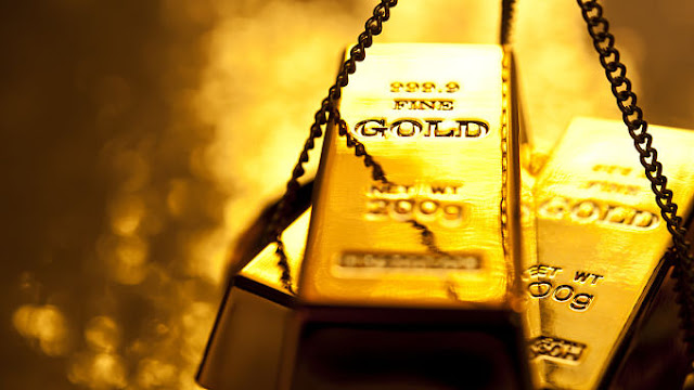 El oro se aproxima a US$ 1,300 tras caída del dólar