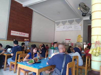 Ayam Goreng Bu Toha Tuntang Kabupaten Semarang