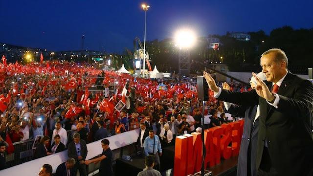 Ο διχασμός της τουρκικής κοινωνίας ως εκλογικό όπλο