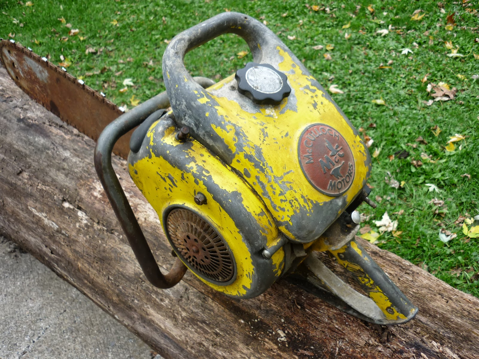 VINTAGE CHAINSAW COLLECTION: MCCULLOCH model 47