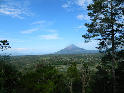 Bukit Gundaling - Berastagi, Destinasi Wisata Favorit di Sumatera Utara