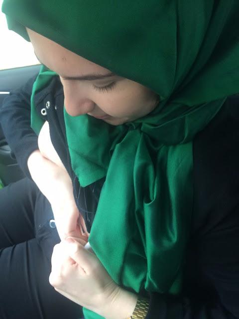 jilbab pamer toket gede 1