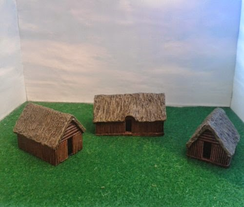 RD7 Dark Age Dwellings - Pack of 3 picture 1