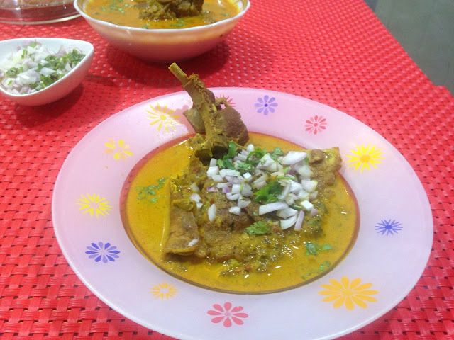 Goan ros omelette fluffy omelette with mutton gravy forumfinder Image collections