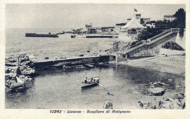 Old postcard, rocky coast south of the Antignano Marina, Livorno
