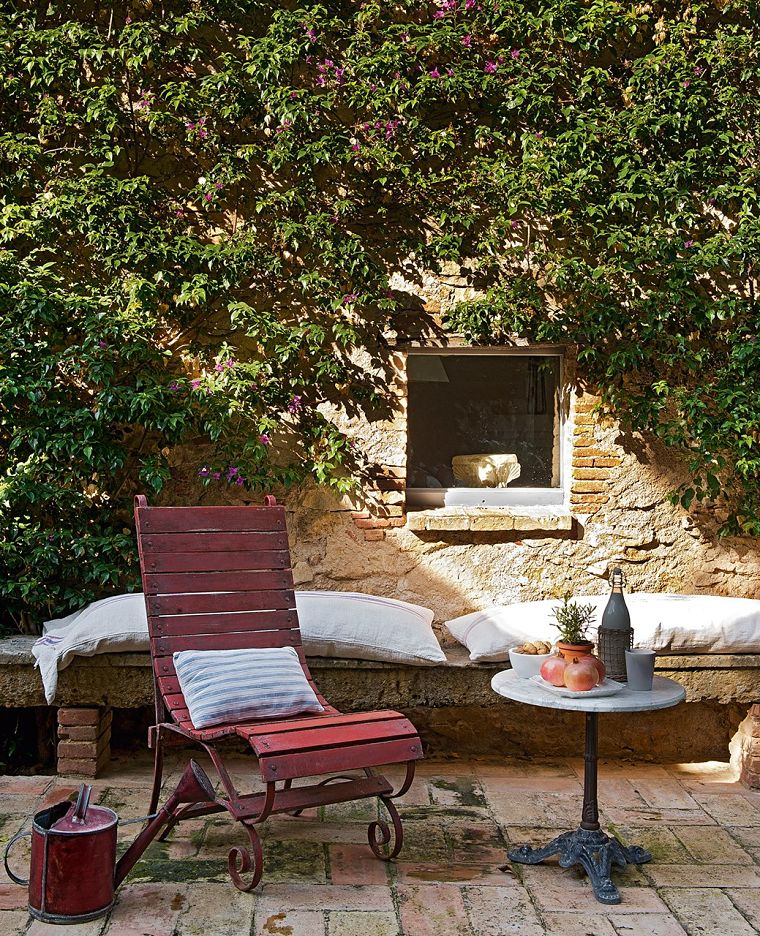 PUNTXET Un antiguo pajar rehabilitado con estilo provenzal #jardin