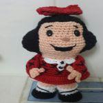 http://tejedoradeamigurumis.blogspot.com.es/2015/07/patron-de-mafalda-de-amigurumi.html