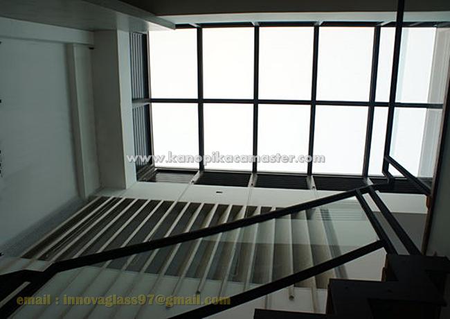 Pemasangan Atap Kaca Skylight