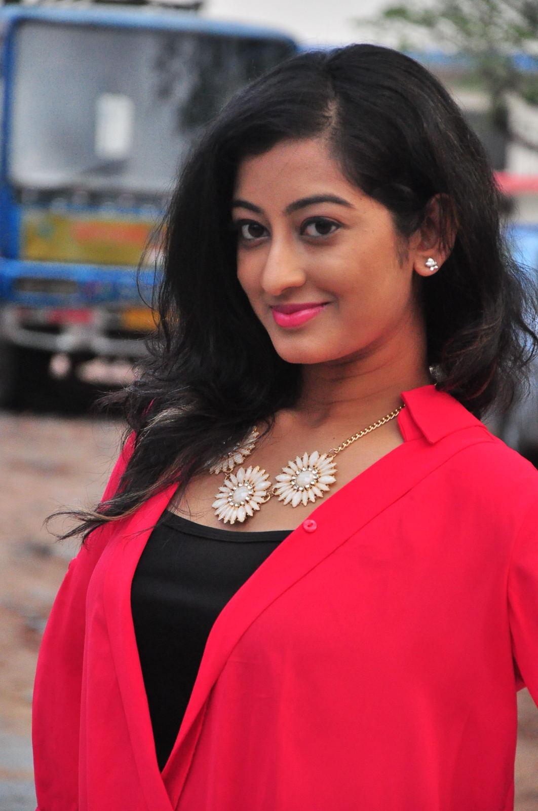awesome Tejaswini Telugu Actress Hot Gallery   Actresses