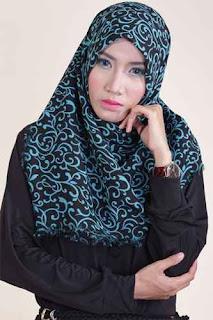 Shafeeya Kerudung Rawis Motif Auresya - Black Tosca