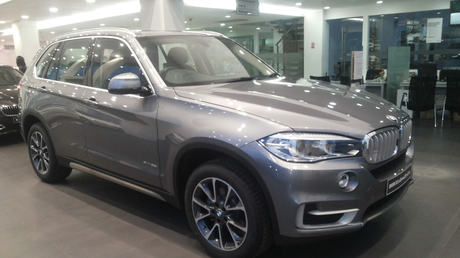 otaknakal all new bmw x5 xline 3 5 indonesia. Black Bedroom Furniture Sets. Home Design Ideas