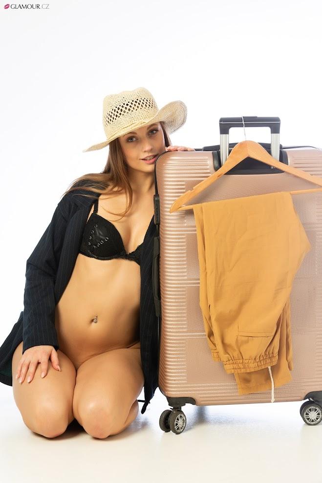 [Glamour.CZ] Eliska - Travel Fever, Part 3 1593463501_glamour-cz-eliska09