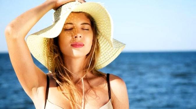Tips Perawatan Rambut Alami Saat Musim Panas