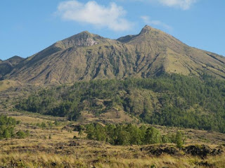Tips Mendaki Gunung Agung Bali