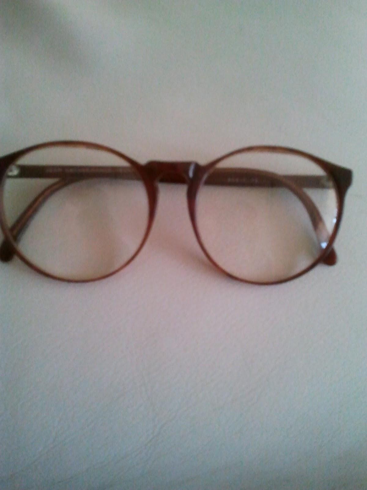 40694ed86dd79d le vide dressing de fripZétoiles  fausse lunette de vue vintage ...