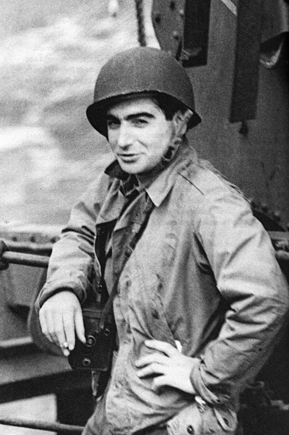 "Robert Capa, called ""the greatest war photographer in the world"""