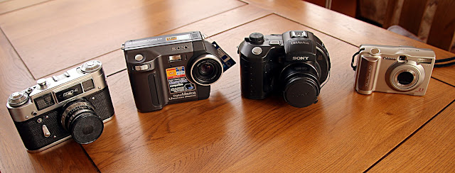 camera FED Sony Mavica Canon PowerShot A20