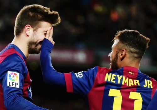 Pique Sebut Neymar Akan Raih Ballon d'Or