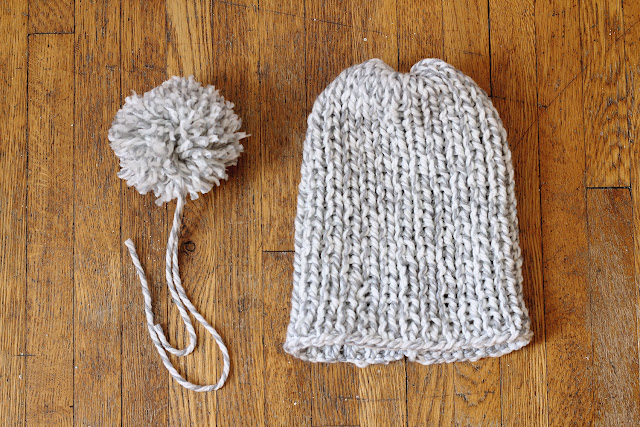 Easy-Peasy Knitted Cap // Add a fuzzy pom-pom